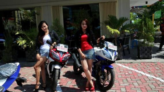 Launching Yamaha R15 Digelar di Mall Ratu Indah 7 Juni 2014